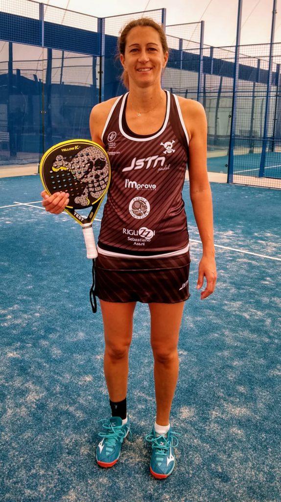 Martina Camorani con la maglietta sponsorizzata da Improve